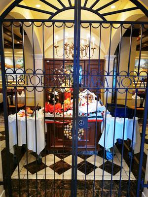 Casa Nova Restaurant © Ben Simonsen