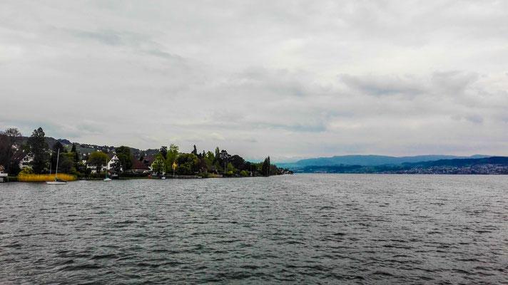 Fahrt auf dem Zürichsee