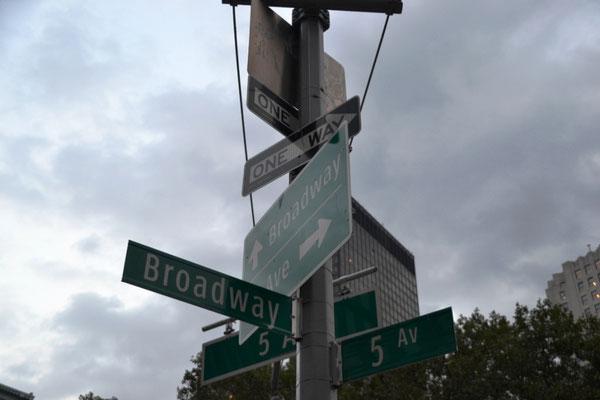 Broadway / 5th Avenue