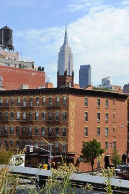 Empire State Building vom High Line Park aus