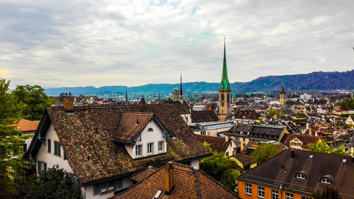 Blick vom ETH Zürich auf die Stadt