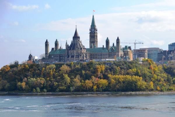 Blick auf den Parliament Hill ©Ben Simonsen