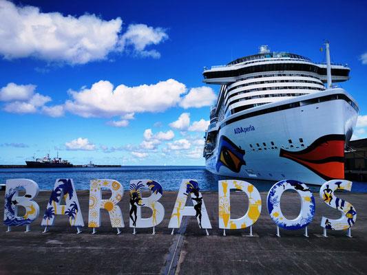 Welcome to Barbados © Ben Simonsen