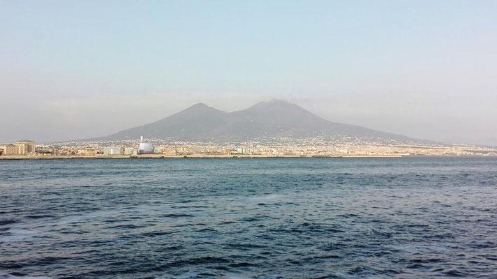 Golf von Neapel mit Blick auf den Vesuv