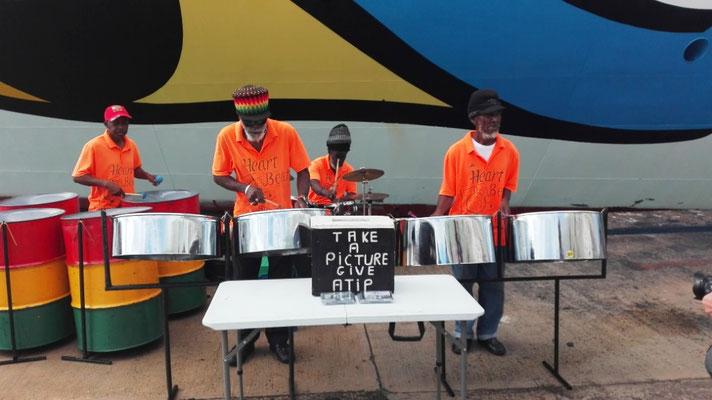 Steel Drum Band © Ben Simonsen