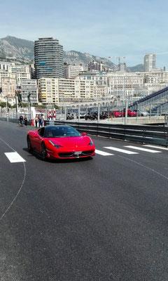 Ferrari © Ben Simonsen