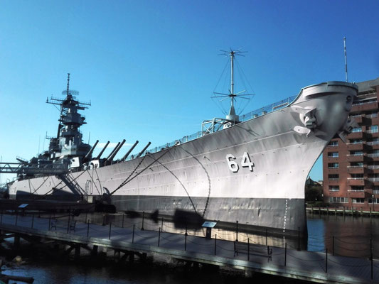 USS Wisconsin © Ben Simonsen