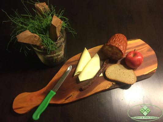 Brotzeit Brett aus Zwetschgen Holz