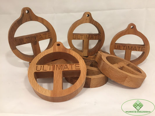 Medaillieren aus Holz