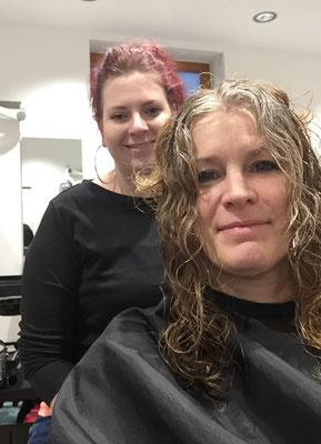 Gaby beim Friseur