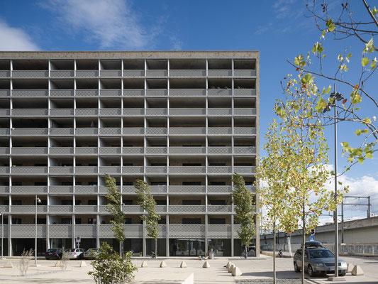 Neuer Wohnblock in Zürich-West