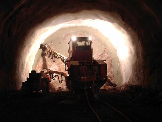 Ortsbrust Bohrwagen_B 33 Ortsumfahrung Hornberg, Tunnel Hornberg