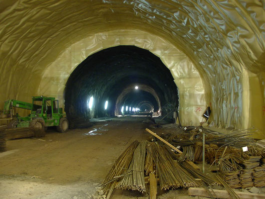 Abdichtung Stirnwand Richtung Sued_ B 33 Ortsumfahrung Hornberg, Tunnel Hornberg