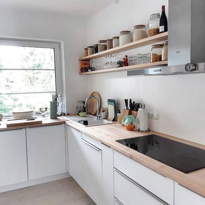 Küche mit Vollholz Arbeitsplatte