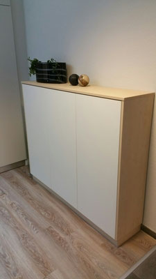 Sideboard mit push to open Fronten