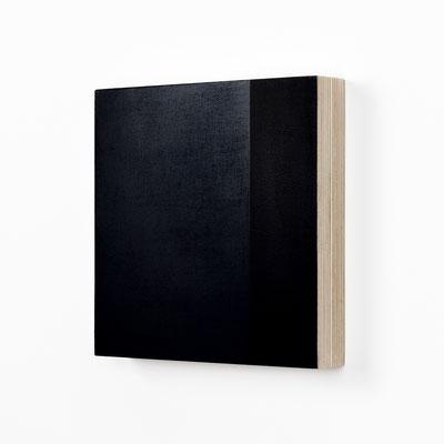 Colonnade #18,  Olieverf op berken multiplex 20x20x3 cm (2020)