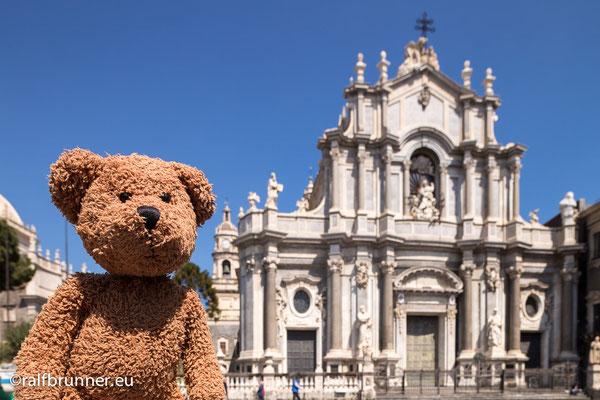 Catania ist die zweitgrößte Stadt auf Sizilien. Und die schönste!