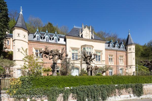 Idyllisch direkt an der Seine gelegen: Das historische Herrenhaus Manoir de Rétival in Caudebec-En-Caux