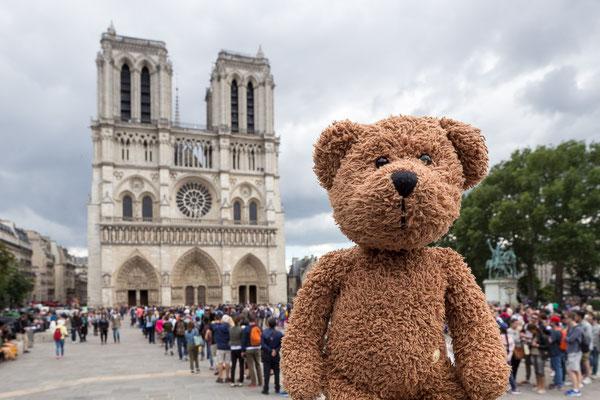 Sacre Coeur, mon dieu! Das ist in Paris, dort wo die Pariser und die Parisiennes sind