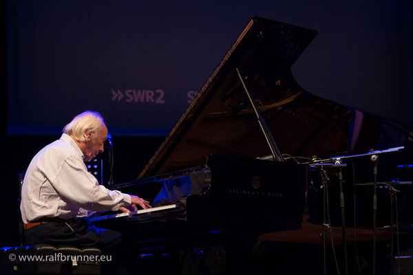 Donaueschinger Musiktage 2016SWR NowJazz mit Fred van Hove am Piano