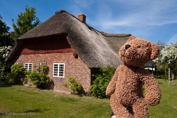 Das ist das Friesenmuseum auf der Insel Wyk in Mitten der Nordsee.