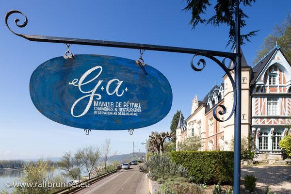 """Das Restaurant """"G.a."""" im Manoir de Rétival"""