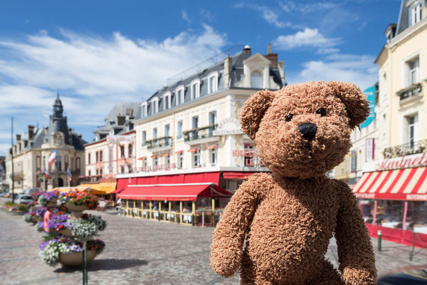 Das ist Trouville in der Normandie, direkt am Meer
