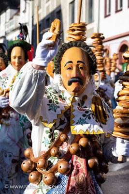 Der traditionelle Oberndorfer Narrensprung am Fasnacht-Dienstag ist einer der Höhepunkte der schwäbisch-alemannischen Fasnacht