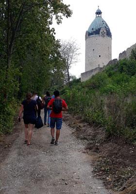 Fußweg zur Neuenburg, wo die heilige Elisabeth viele Jahre lebte