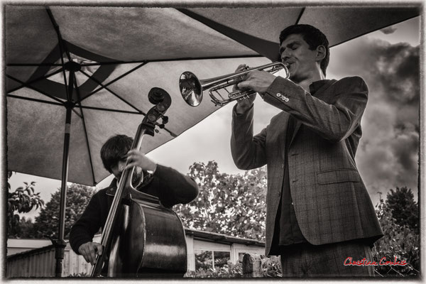 Blaise Chevallier & Mathieu Tarot Apéro dinatoire Jazz360, vendredi 4 juin 2021, restaurant les Acacias, Cénac. Photographie © Christian Coulais