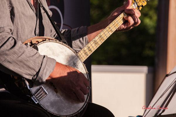 """""""Banjo 1"""" Jean-Michel Plassan; Crawfish Wallet. M.A.S. LADAPT Camblanes-et-Meynac, Vendredi 25 juin 2021. Photographie © Christian Coulais"""