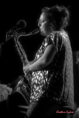 Høst : Carla Gaudré, saxophone ténor. Festival JAZZ360, vendredi 4 juin 2021, Cénac. Photographie © Christian Coulais