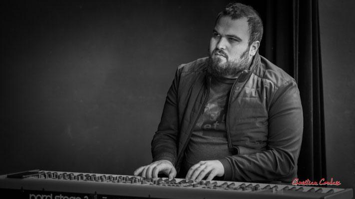 Tony Kebbeh; Aurora Quartet. Salle culturelle de Cénac. Jeudi 22 avril 2021. Photographie © Christian Coulais