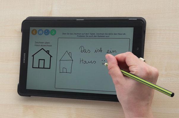 das Zeichnen und Schreiben auf dem Tablet