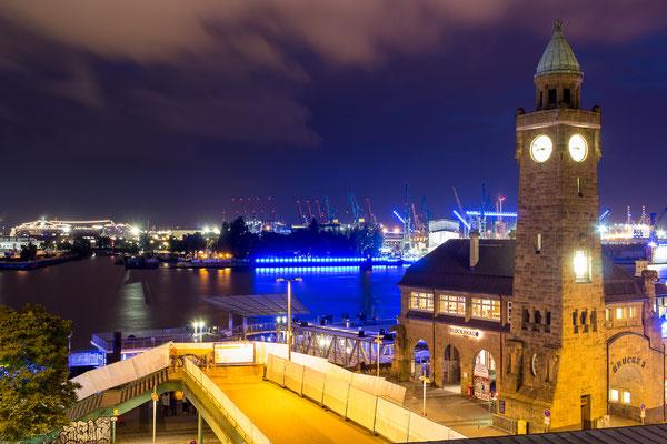 Hamburg Blue Port 2017: Landungsbrücken und Elbe