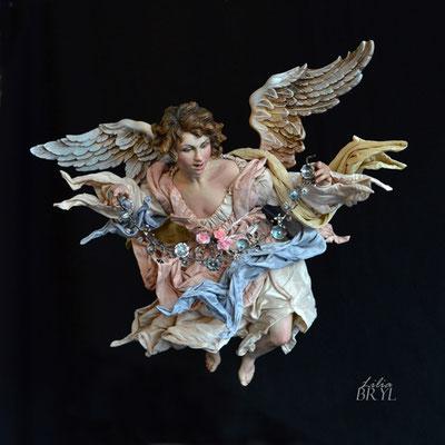 Angelo con la corona di fiori. Un pastore pastore napoletano di Lilia Bryl. Cod ANG010