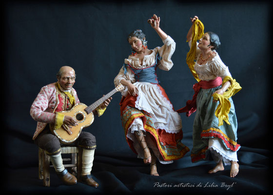 Musicista e le danzatrici, pastori napoletani stile '700 di Lilia Bryl