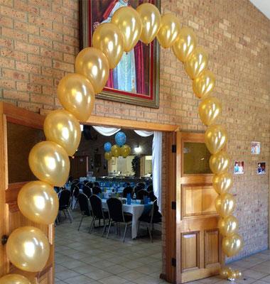 arco de globos con helio para fiesta