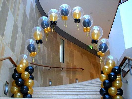 arco de globos transparentes con helio