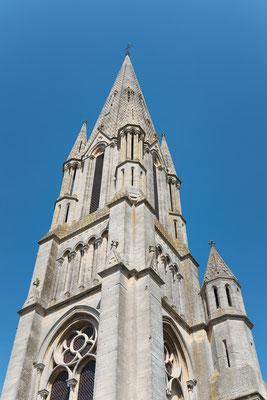 Die Kirche (Eglise) von Saint Aubin