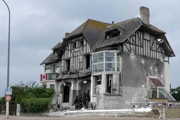 Bernières-sur-Mer - Canadien House