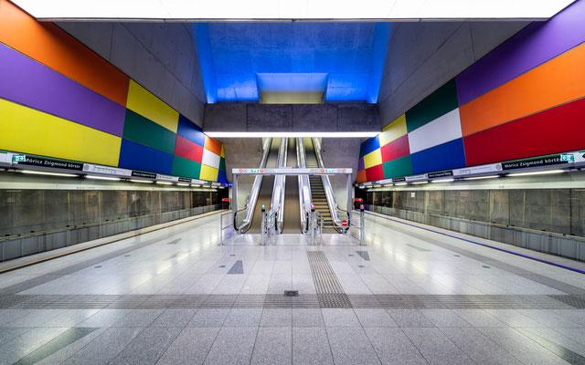 Móricz Zsigmond körtér Metro Station Budapest