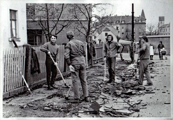 IHZ Studenteneinsatz am Külz-Ufer