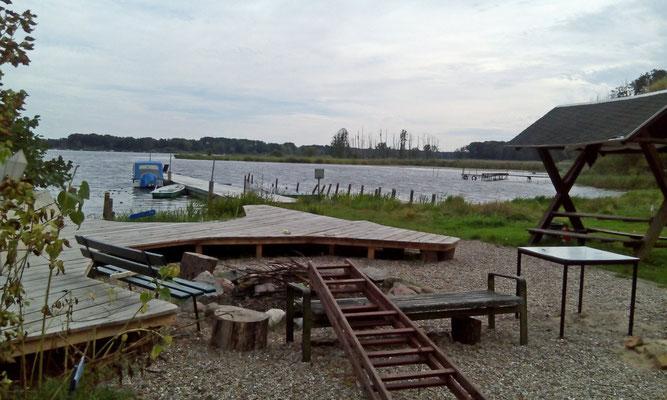 Neuendorfer See -ehemaliger Campingplatz- Dank unserer im öffentlichen Interesse handelnden Politiker nun Privatbesitz.