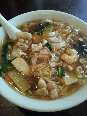什景湯麺、すなわち五目ラーメン! 【2012年7月8日】