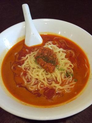 ピリ辛トマト風味ラーメンの夏バージョン、和平飯店の冷やしトマトタンタン麺でつよ、奥さん! ヽ(*´∀`)ノ 【2013年5月22日】