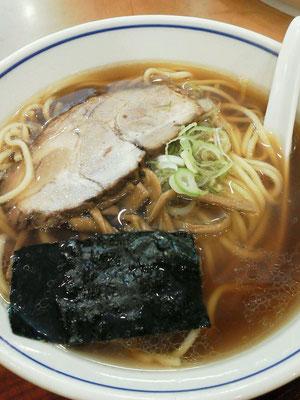 東中野、好日のらーめん。シンプルな味で、美味しゅうございますた。 【2012年5月19日】