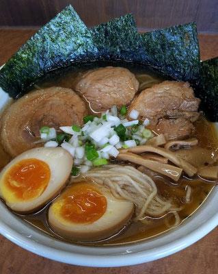 ううっ、また行ってもうたわ、中華そば ひびき! 日本蕎麦のような麺にマッチすているプ~ス~!  【2012年8月5日】