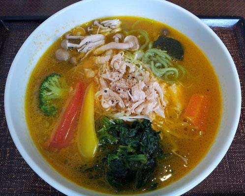 デニちゃんで緑黄色野菜の美健麺。意外と旨し! 【2013年10月8日】