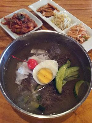 毎日、水冷麺だっていいぢゃないか。暑いんだもの。 くりを 【2013年8月5日】